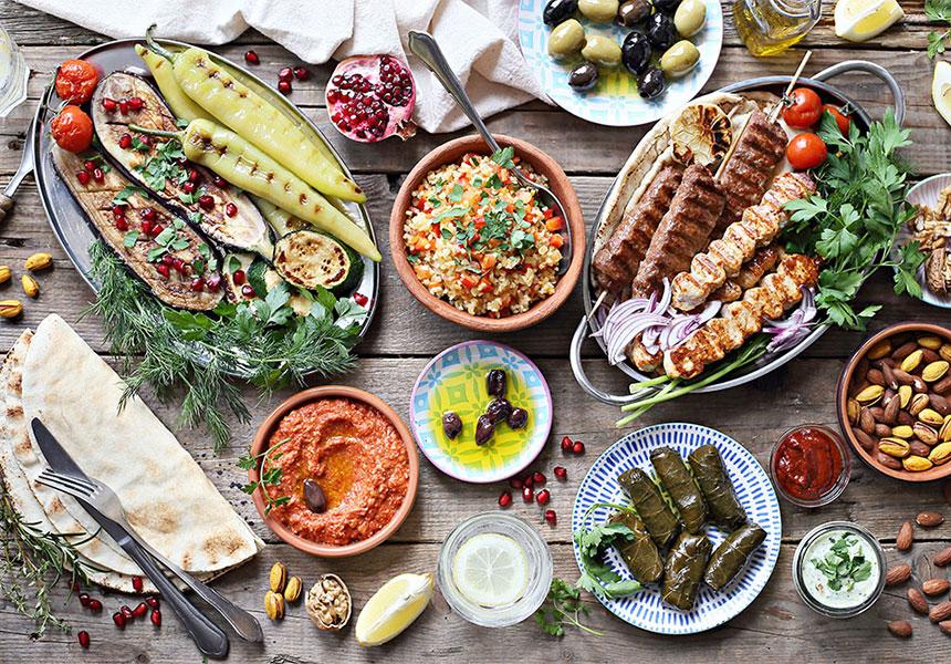 غذای ایرانی در رستوران ایرانی
