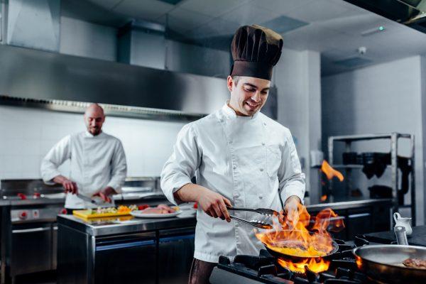 پخت و پز روی گاز و آتش